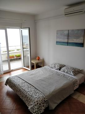 Novalja, Obývací pokoj v ubytování typu apartment, s klimatizací a WiFi.