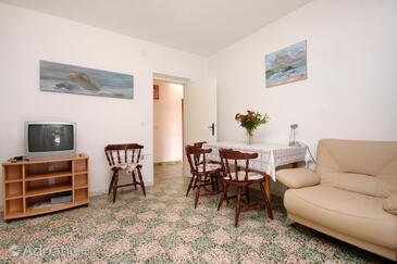 Lumbarda, Jídelna v ubytování typu apartment, WiFi.