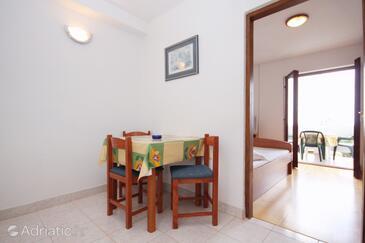 Novalja, Столовая в размещении типа apartment, Домашние животные допускаются и WiFi.
