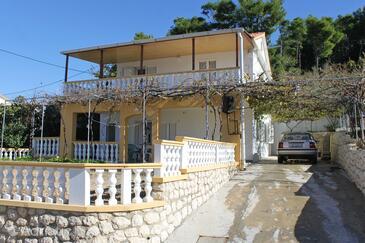 Vlašići, Pag, Property 9348 - Apartments with sandy beach.