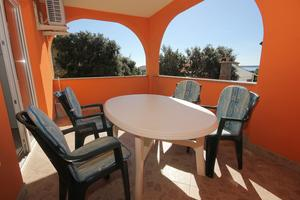 Apartments with a parking space Mandre, Pag - 9354