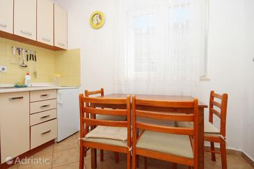 Gajac, Dining room in the apartment, dopusteni kucni ljubimci i WIFI.