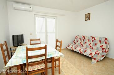 Zubovići, Sala de estar in the apartment, WiFi.