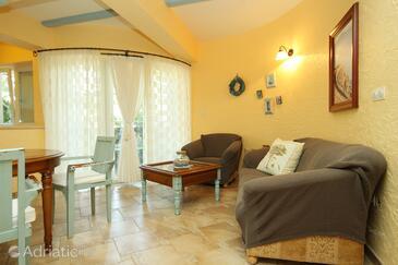 Novalja, Living room 1 in the apartment, dopusteni kucni ljubimci i WIFI.
