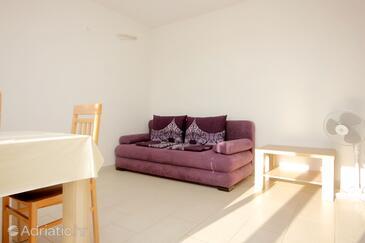 Novalja, Jedilnica v nastanitvi vrste apartment, dostopna klima in WiFi.
