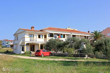 Povljana, Pag, Property 9405 - Apartments with sandy beach.