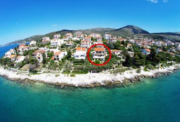Seget Vranjica, Trogir, Property 941 - Apartments by the sea.