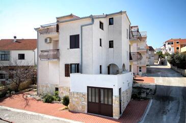 Bušinci, Čiovo, Property 9421 - Apartments by the sea.