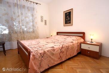Bedroom    - A-9423-a