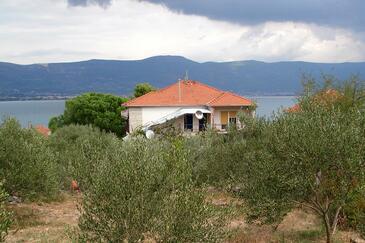 Arbanija, Čiovo, Objekt 9423 - Ubytování v blízkosti moře.