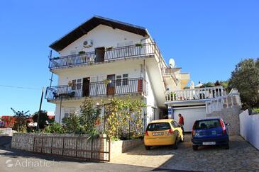 Mastrinka, Čiovo, Objekt 9428 - Apartmaji s prodnato plažo.
