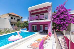 Kuća uz more s bazenom Seget Vranjica, Trogir - 9429