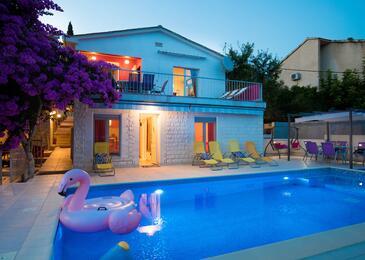 Seget Vranjica, Trogir, Objekt 9430 - Ubytování v blízkosti moře.