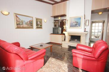 Ljubljeva, Obývací pokoj v ubytování typu house, domácí mazlíčci povoleni a WiFi.