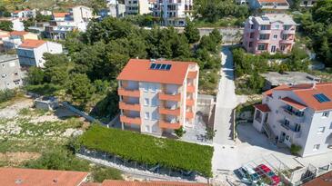 Duće, Omiš, Objekt 9437 - Ubytování s písčitou pláží.