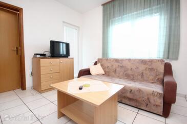 Okrug Gornji, Living room in the apartment.