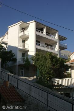 Duće, Omiš, Objekt 945 - Ubytování v blízkosti moře s písčitou pláží.