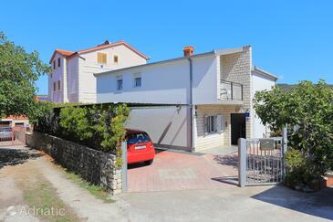 Bušinci, Čiovo, Objekt 9450 – Apartmaji v bližini morja.