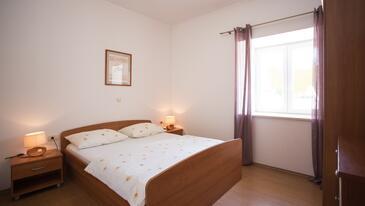 Bedroom    - A-9452-a