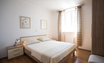 Bedroom    - A-9452-b