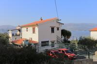 Apartments by the sea Slatine (Čiovo) - 9453