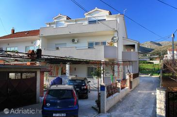Trogir, Trogir, Property 9455 - Apartments with pebble beach.