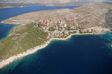 Bilo, Primošten, Hébergement 9467 - Appartement avec une plage de galets.