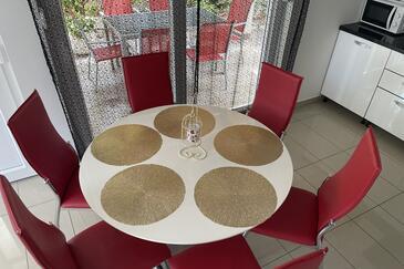 Dining room    - K-9482