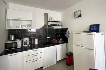 Kitchen    - K-9482