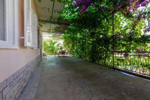 Апартаменты у моря Сумпетар - Sumpetar, Омиш - Omiš - 949