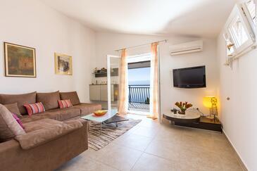 Medići, Living room 1 in the house, dostupna klima i WIFI.