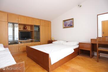Bedroom 3   - A-9506-a