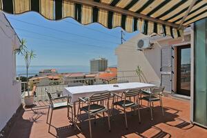 Apartmaji s parkingom Makarska - 9506