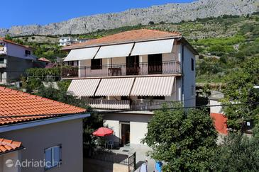 Sumpetar, Omiš, Property 951 - Apartments with pebble beach.