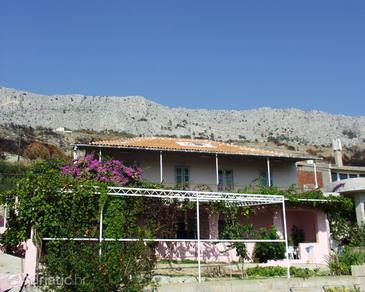 Sumpetar, Omiš, Property 952 - Apartments with pebble beach.