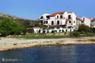 Žaborić, Šibenik, Property 958 - Apartments near sea with pebble beach.
