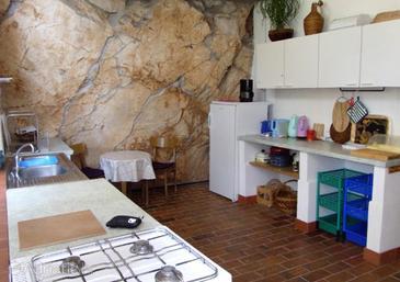 Zaton, Kitchen in the apartment.