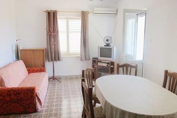 Sušica, Гостиная в размещении типа house, доступный кондиционер, Домашние животные допускаются и WiFi.