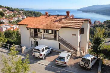 Rabac, Labin, Objekt 9670 - Apartmani sa šljunčanom plažom.