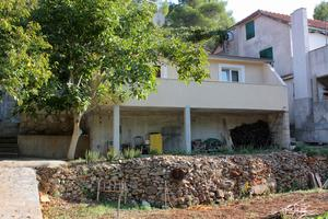 Apartments by the sea Basina (Hvar) - 9673
