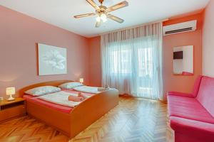 Rooms with a parking space Mali Losinj, Losinj - 9681