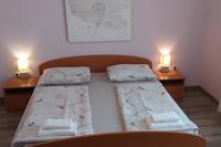 Rooms with a parking space Mali Lošinj (Lošinj) - 9681