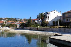 Apartments by the sea Okrug Gornji, Ciovo - 9694