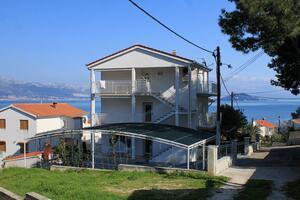 Apartments by the sea Slatine (Čiovo) - 972