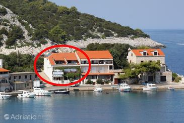 Zaklopatica, Lastovo, Property 993 - Apartments by the sea.