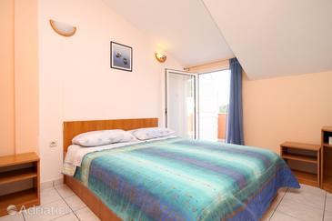 Bedroom    - AS-995-b