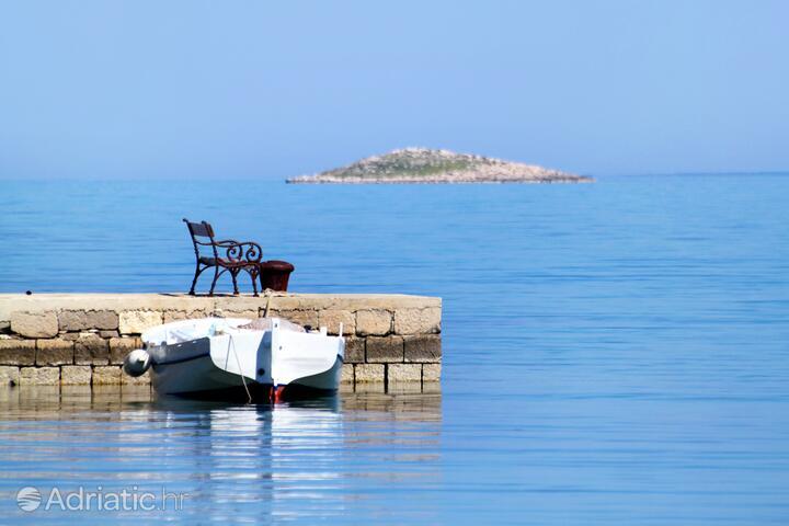 Ostrov Molat